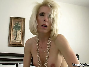 Mature wife riding cock slowly
