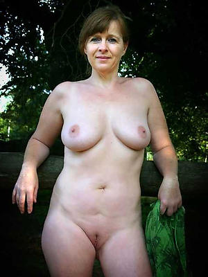 Mature ladies in nature naked