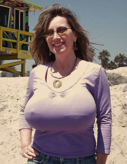 Mature tits in tight tops