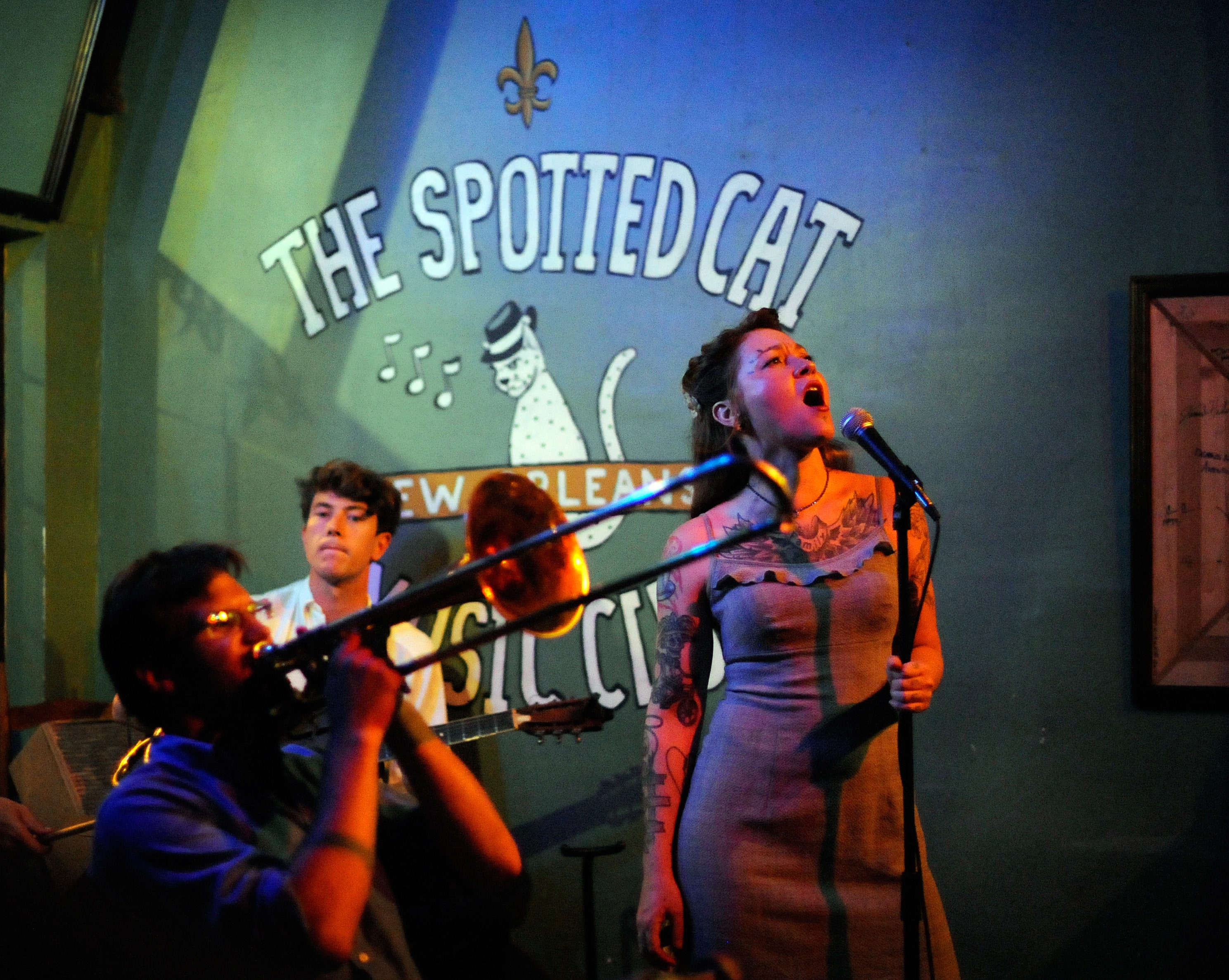 New orleans restaurants with live music