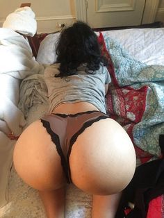 Big booty white girls face down