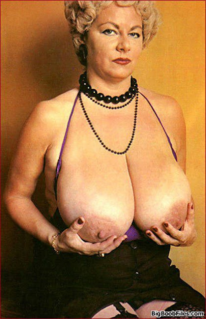 Mature woman with huge tits