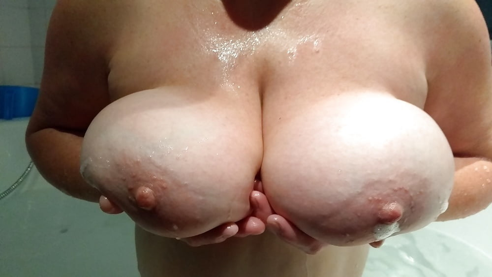 thick naked indian aunties